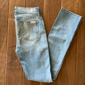 7 FOR ALL MANKIND⭐️Worn Once Straight Leg Jeans 26